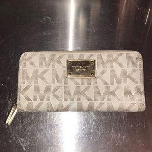 Original Michael Kors Leather Wallet